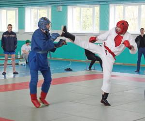 2.Поединок в ходе турнира по армейскому рукопашному бою (7)