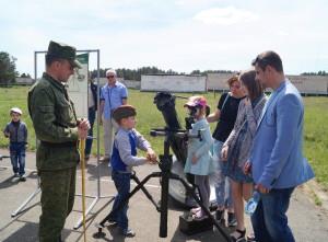 На выставке вооружения и военной техники (18)