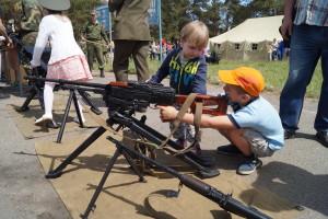 На выставке вооружения и военной техники (19)