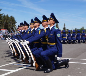 Показательное выступление роты почетного караула Минской военной комендатуры Вооруженных Сил (2)