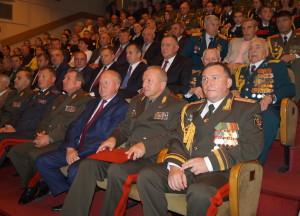 В зале в ходе торжественного собрания (2)