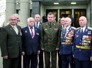 Воины-интернационалисты с МИнистромобороны Республики Беларусь генерал-лейтенантом А.Равковым