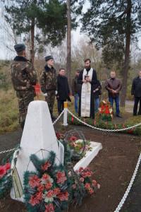 Заупокойную литию по погибшим защитникам Отечества отстлужил священник отец Александр (4)