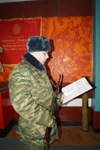 Военнообязанные, призванные из запаса, принирмают Военную присягу (7)