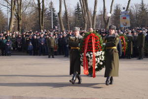 Возложение венков к мемориалу павшим воинам-интернационалистам (2)