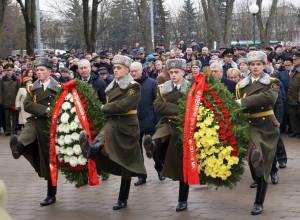 В ходе возложения венков и цветов к мемориалу воинам-интернационалистам